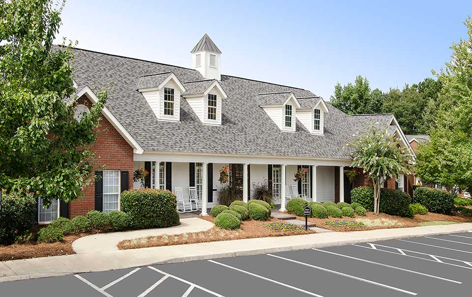Great view of Greystone Properties Apartments Columbus, GA Farms Clubhouse