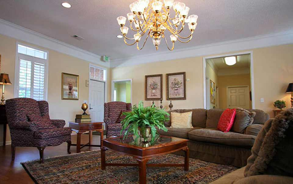 spacious rooms Greystone at Inverness Columbus GA Apartments
