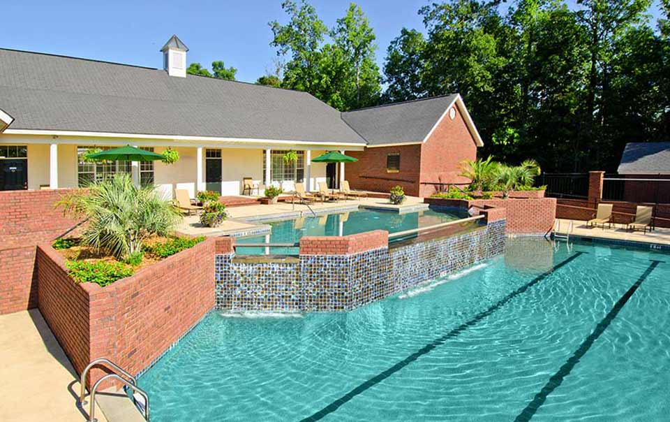Swimming Pool Greystone at Inverness Columbus GA Apartments