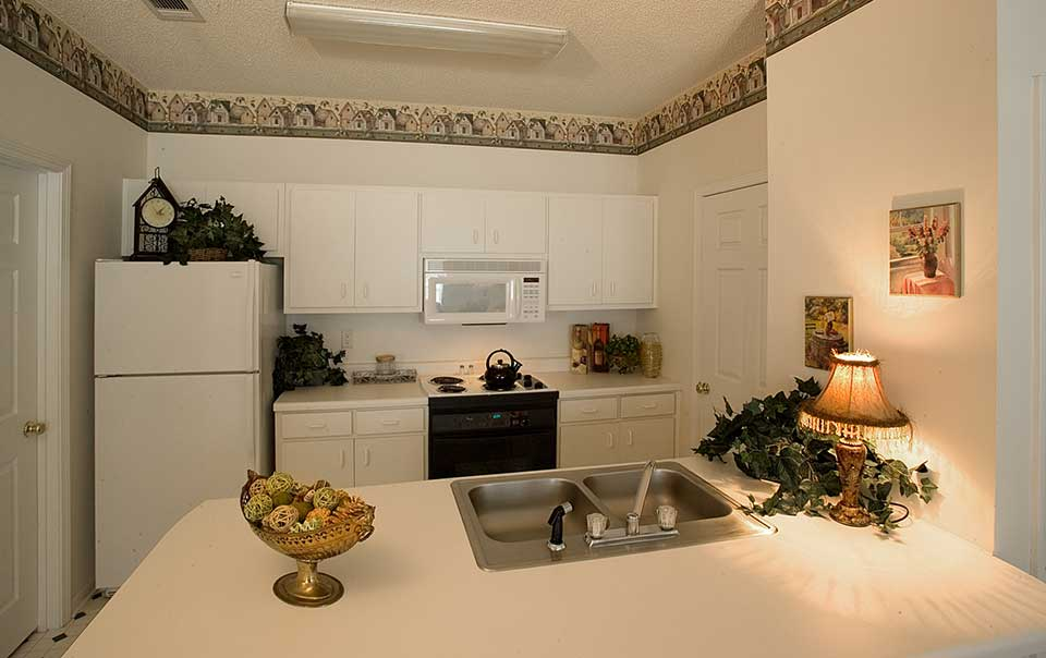 Greystone Properties Columbus, GA Apartments Inverness Kitchen