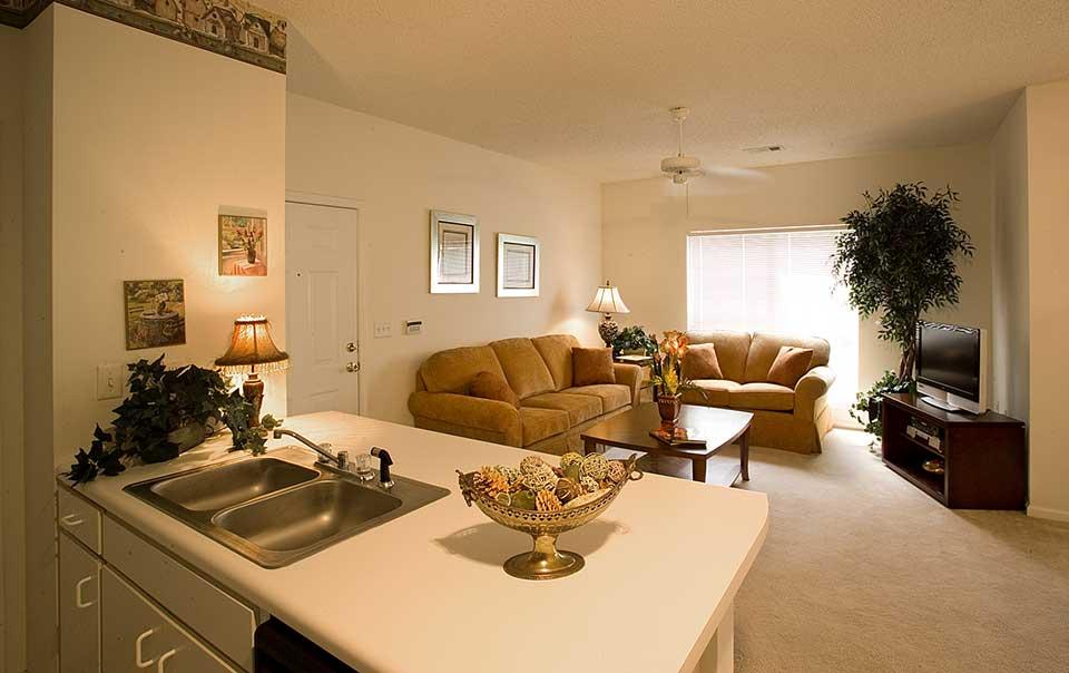 Greystone Properties Columbus, GA Apartments living room