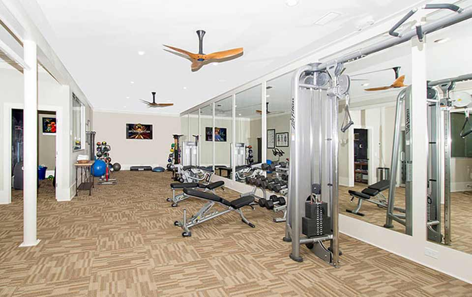 fully equipped gym Greystone at Inverness Columbus GA Apartments