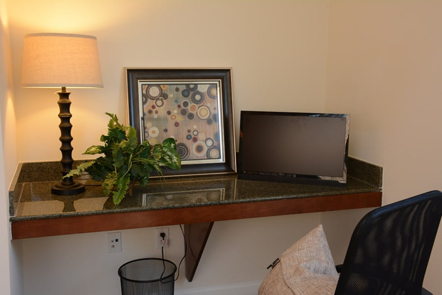 Greystone Properties Columbus, GA Apartments Summit computer nook