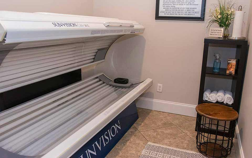 Greystone Summit tanning bed