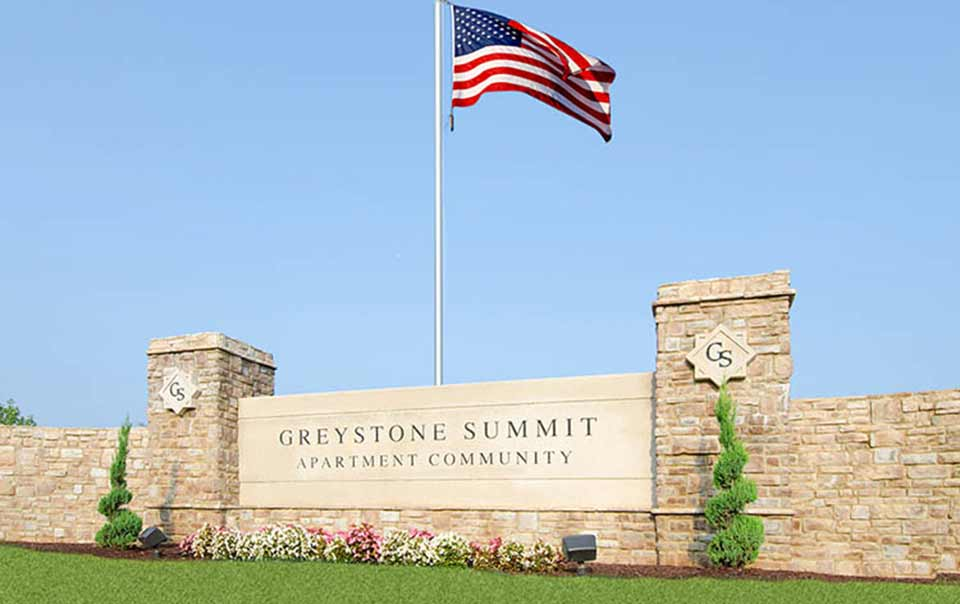 Grestone Summit Sign at Greystone Properties Knoxville,TN Apartments