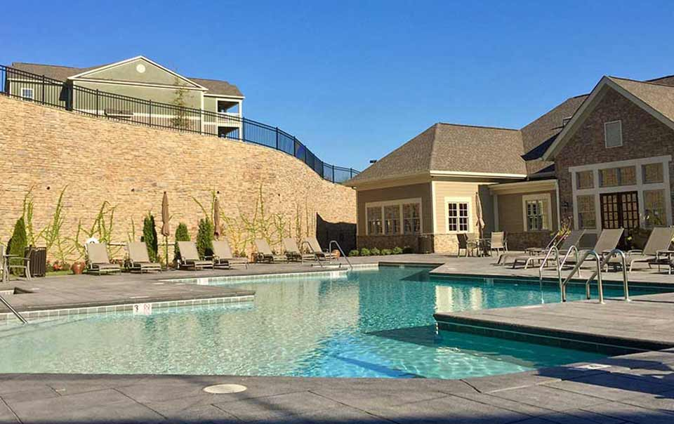 Greystone Apartments Knoxville, TN pool and clubhouse