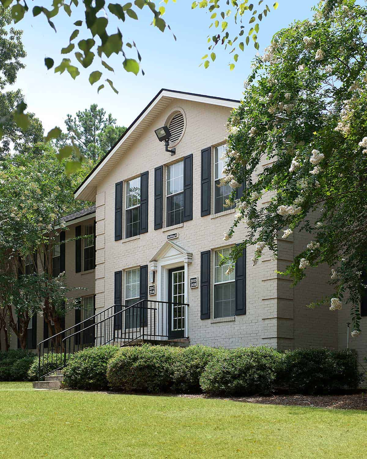 Midtown living at it best at Greystone at Country Club Midtown Apartments Columbus, GA