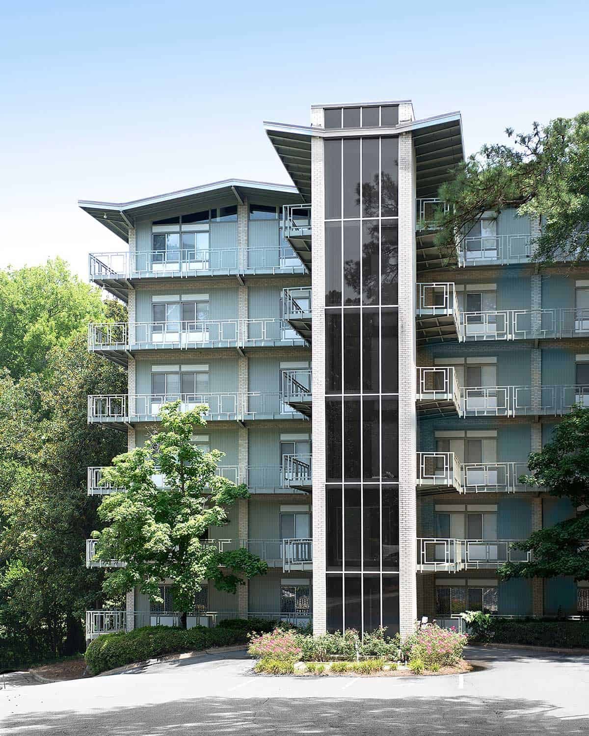Live in a high rist at Greystone at Country Club Midtown Apartments Columbus, GA