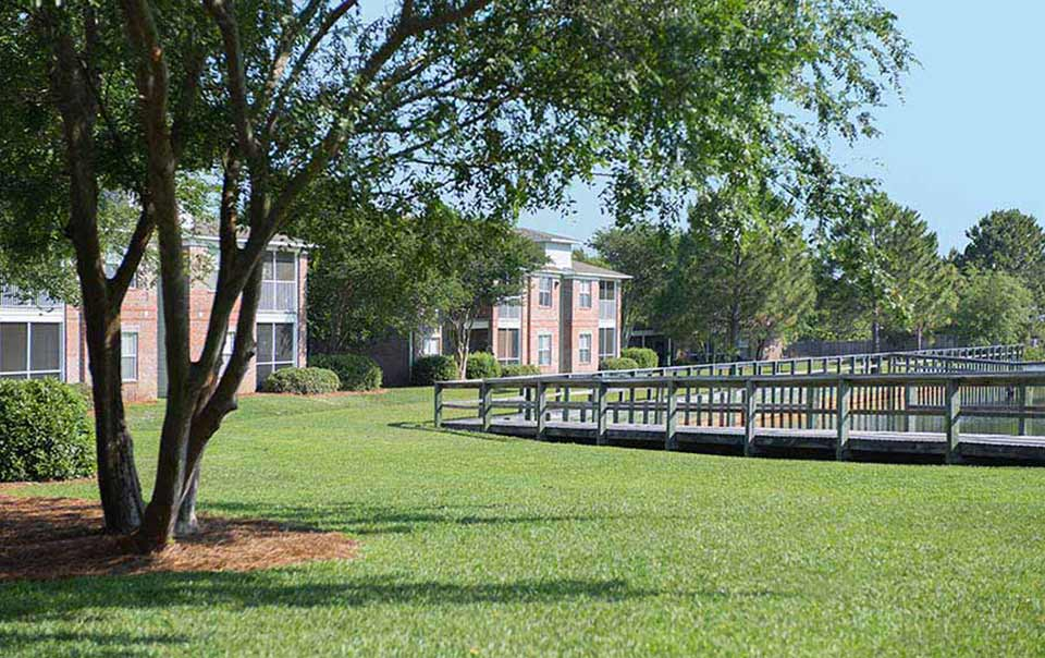 greystone properties gulf breeze reserve apartments more landscaping on the water