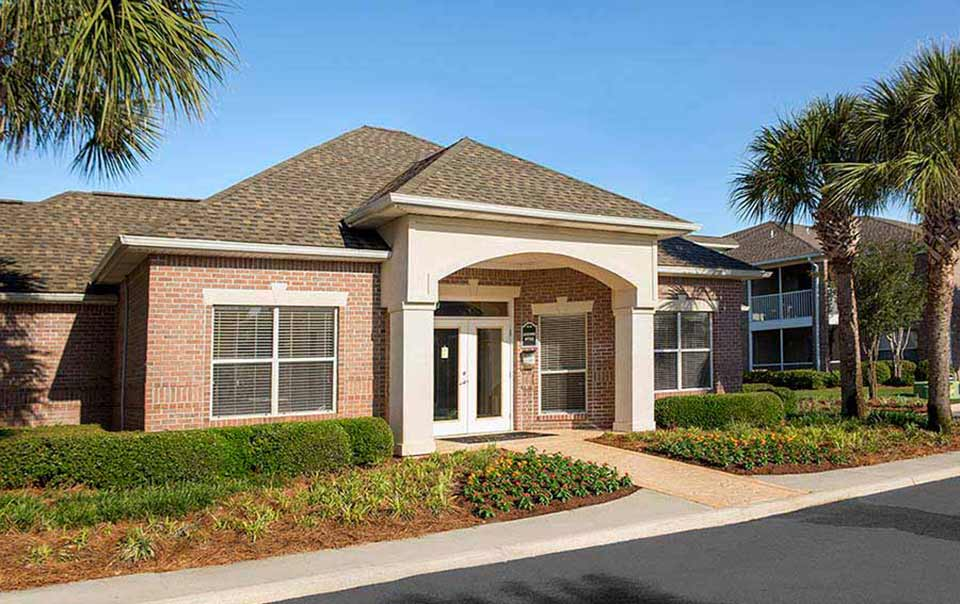 greystone properties gulf breeze reserve apartments club house