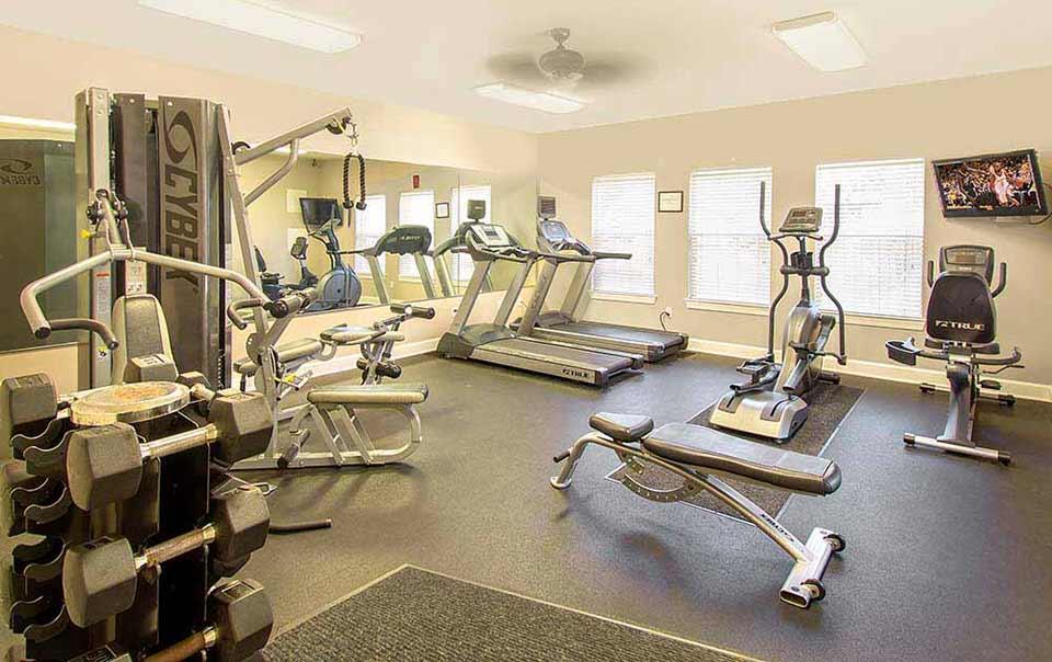 greystone properties gulf breeze reserve apartments fitness gym
