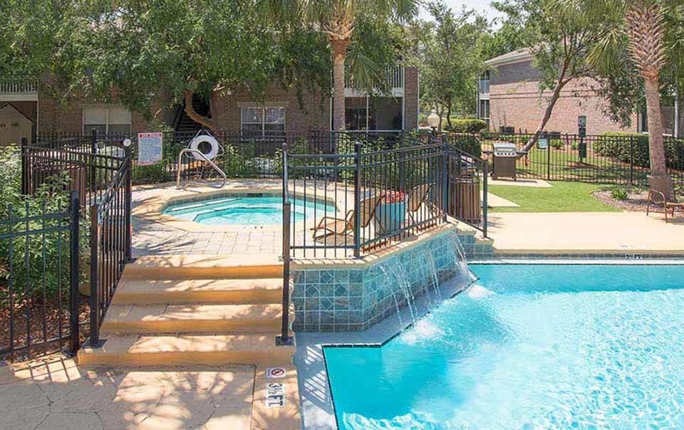 greystone properties gulf breeze reserve apartments pool waterfall up close