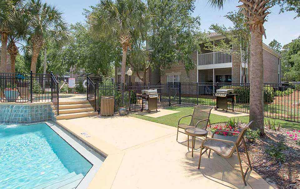 greystone properties gulf breeze reserve apartments grilling area