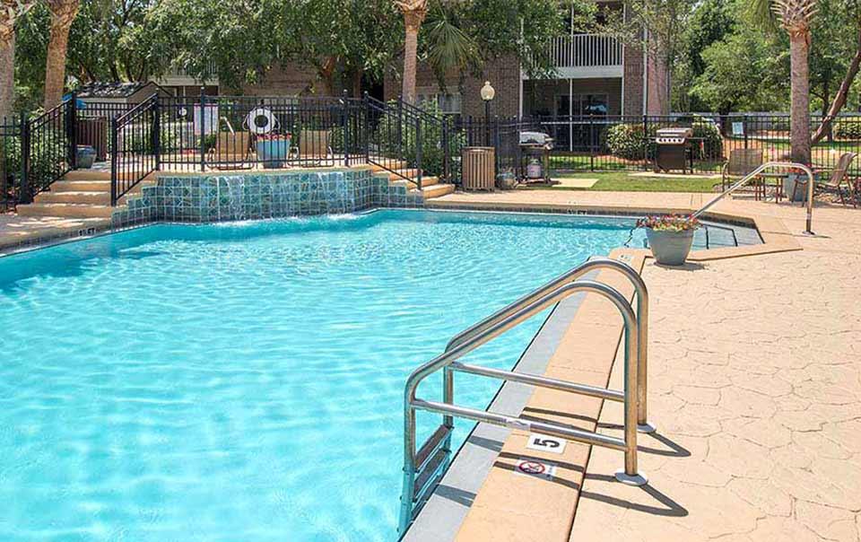 greystone properties gulf breeze reserve apartments pool waterfall