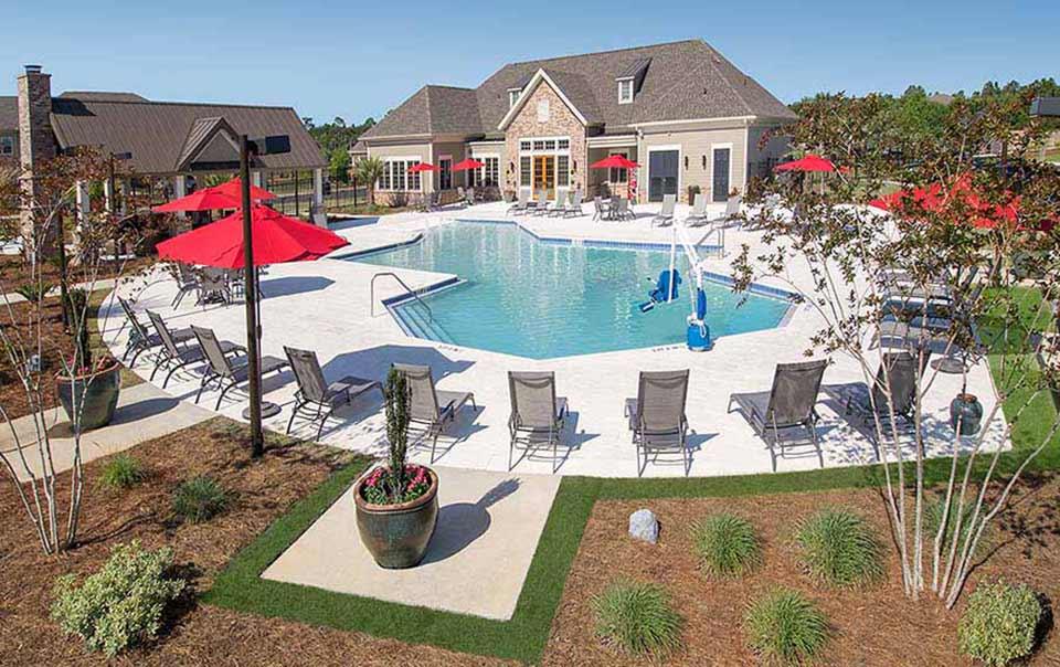 Summit pool view at greystone properties gulf breeze apartments
