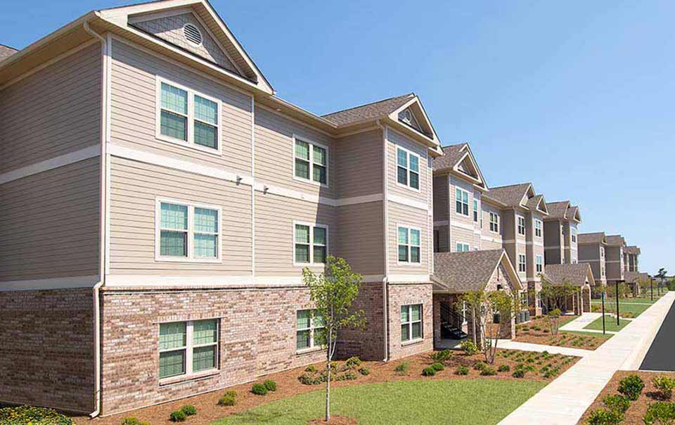 Entrances to summit at greystone properties gulf breeze apartments