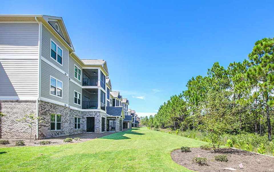 landscaping at greystone properties gulf breeze apartments
